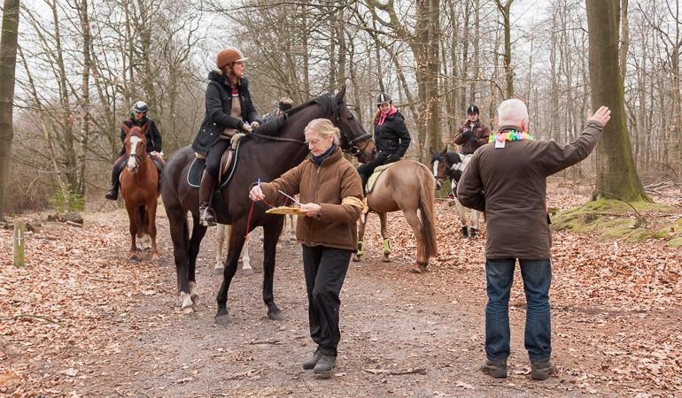 Verrassingstocht te paard